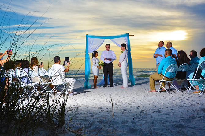 lgbt beach wedding ceremonies at the beach weddings