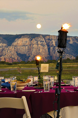 Sky Ranch - Reception site with panoramic view and torches