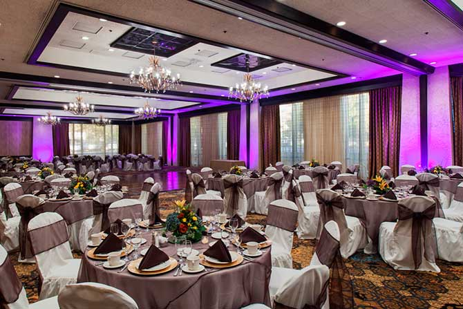DoubleTree by Hilton Sacramento wedding reception with uplighting