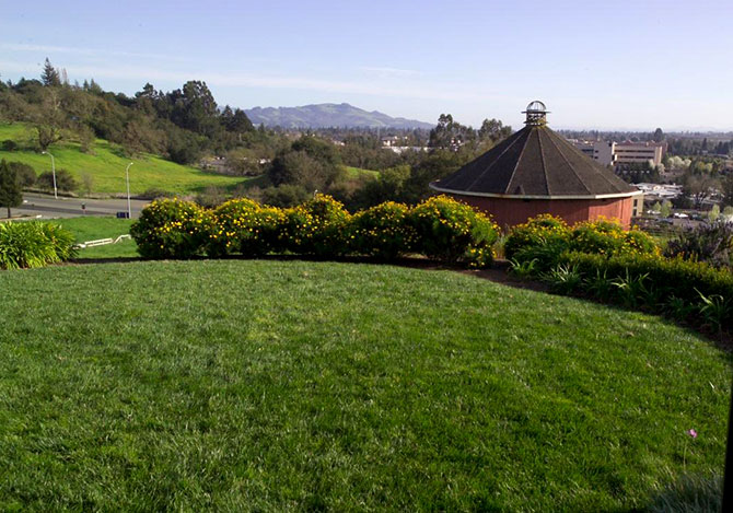 Hilton Sonoma Wine Country - Outdoor Ceremony Site