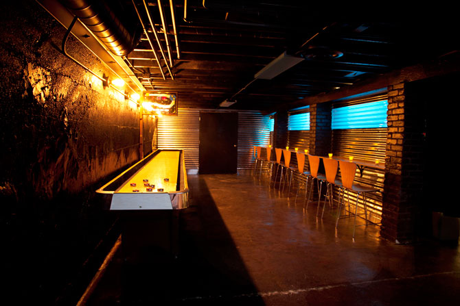 Wash Park Studio - Game room and bar seating