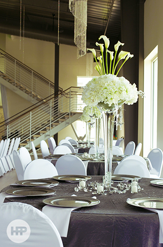 Windsong Estates - Elegant Table Centerpiece