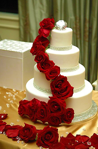 CateringCC - Custom Catered Wedding Cake with Roses