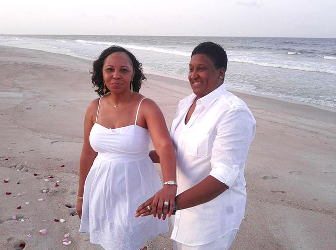 Florida Wedding Celebrant - Brides and rings