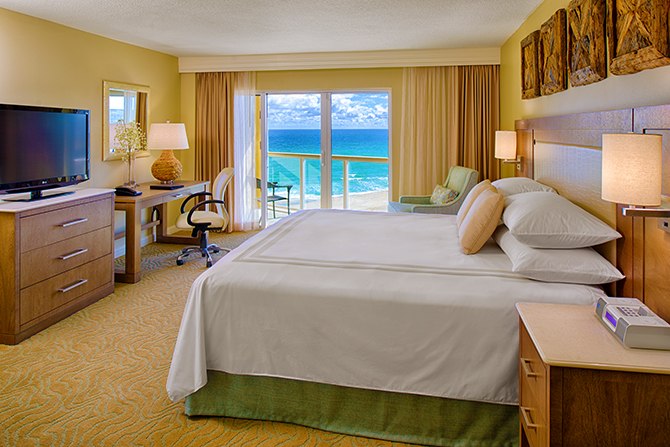 Fort Lauderdale Marriott Pompano Beach Beach Florida King Suite Bed