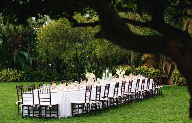 The Vinoy Renaissance St. Petersburg Resort & Golf Club wedding reception table outside lawn