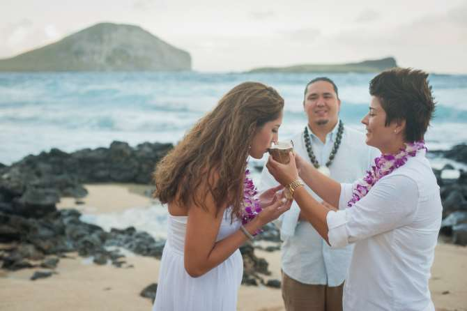 I Do Hawaiian Weddings Oahu same-sex couple