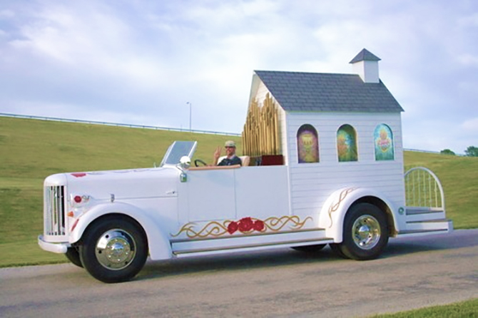 Best Wedding Chapel LGBT Shelbyville Illinois Limo