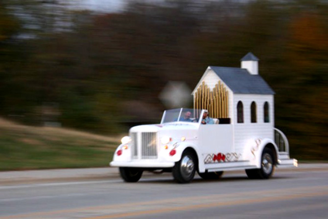 Best Wedding Chapel LGBT Shelbyville Illinois limo chapel on freeway