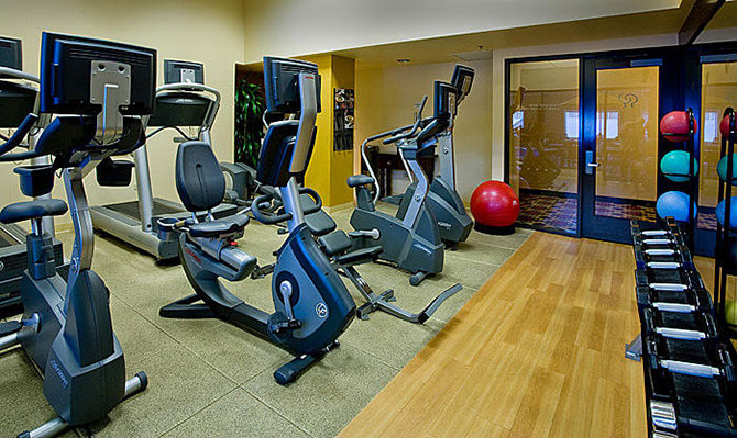 Doubletree O'Hare Fitness Center