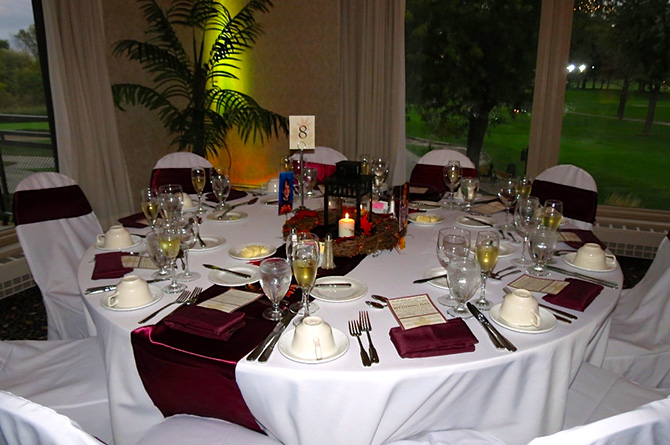 Highland Park Country Club - Burgundy and White Candlelit Table