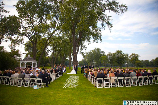 Highland Park Country Club - Outdoor Wedding Ceremony
