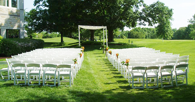 Wedding Ceremony at Royal Melbourne Country Club in Chicago Suburbs North
