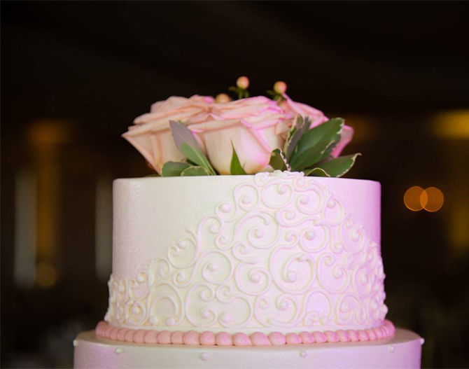 Wedding Cake at Royal Melbourne Country Club