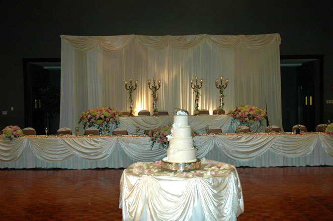 The Stonegate Conference and Banquet Centre - Elegant wedding party table and cake
