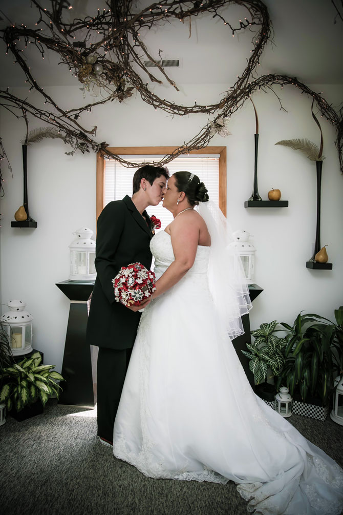 Bayline Studios Photography and Events - Lesbian Brides Kissing