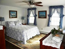 Black Walnut Point Inn - Large guest accommodations
