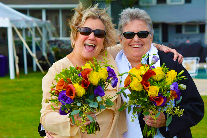 Black Walnut Point Inn - Lesbian brides and bouquets