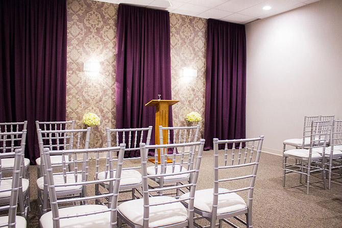 Arch Of Reno Wedding Chapel Ceremony Pulpit And Guest Seating