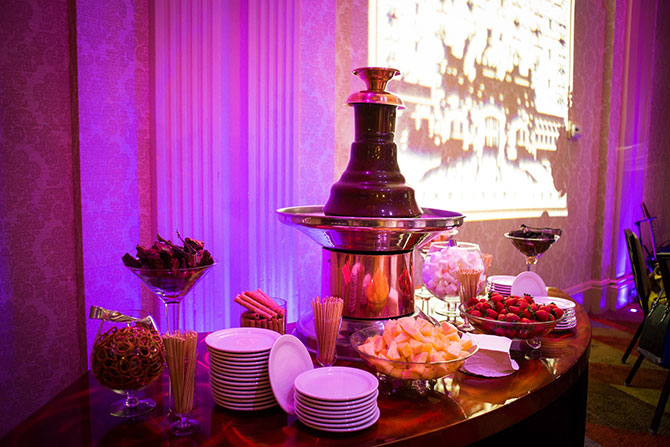The Grand Summit Hotel - Fresh fruit and chocolate fountain