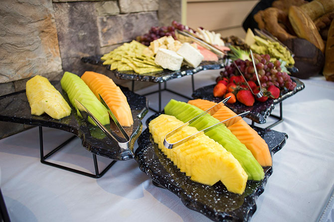 The Grand Summit Hotel - Fresh fruit and cheese bar