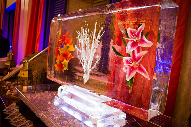 The Grand Summit Hotel - Ice sculpture with flower