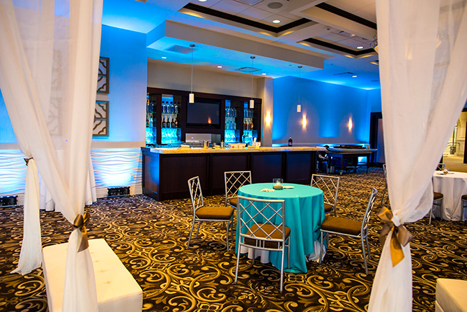 Atlantis Banquets and Events - Full service bar with draped lounge