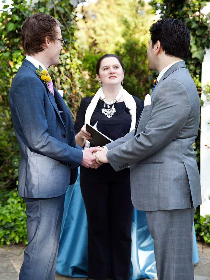 Lasting Footprints Reverend Sarah Margaret - reverend performing gay wedding ceremonies in NY
