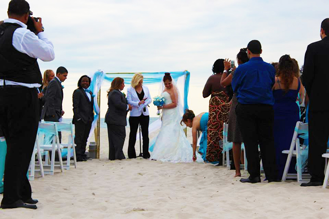 The Sands At Atlantic Beach New York Brides Ceremony On
