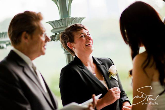 Wed in NYC - New York Wedding officiant