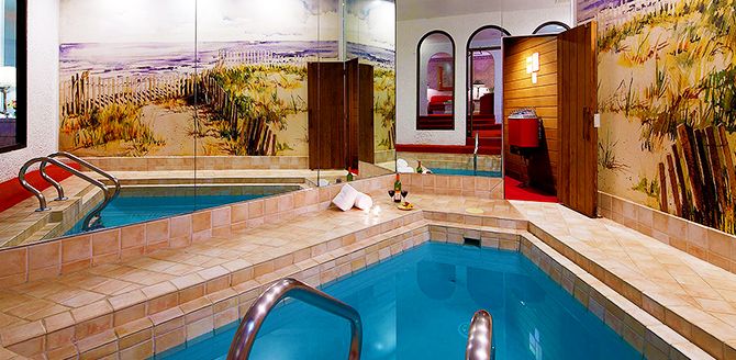 Cove Haven Resorts Small Private Indoor Pool