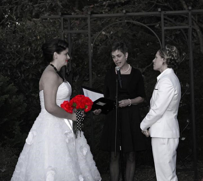 Reverend Kathleen performing lesbian marriage ceremony in Exton, Pennsylvania
