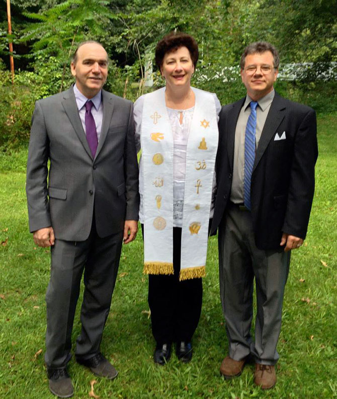 Reverend Lisa Bruecks - Gay marriage officiant in Pennsylvania