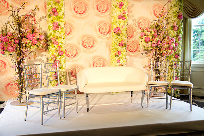 Springfield Country Club - Elegant furnishings, floral backdrops