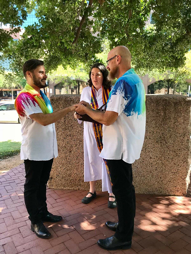 LGBT Marriage Ceremony - Dallas Fort Worth - Texas LGBTQ Wedding Officiant - Running Reverend