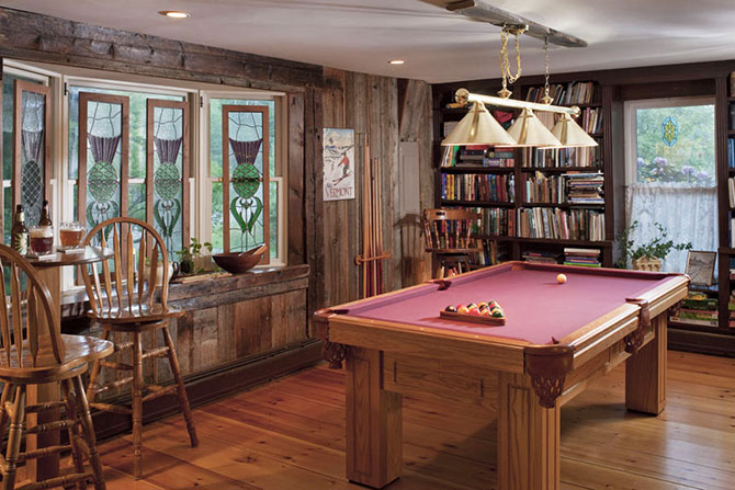 West Hill House B&B rec room with pool table