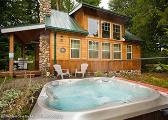 Mount Baker Lodging, Inc. - Pet friendly cedar cabin with hot tub